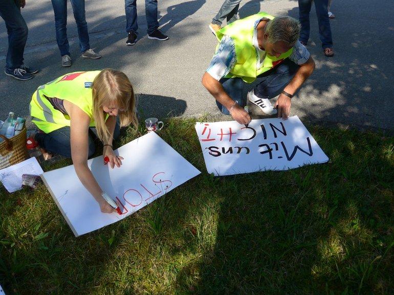 Schilder malen für den Streik