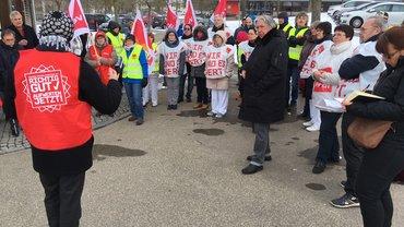 Warnstreiktag in Günzburg am 19. März mit Beschäftigten aus den Bezirkskliniken und Kreiskliniken Günzburg und Krumbach